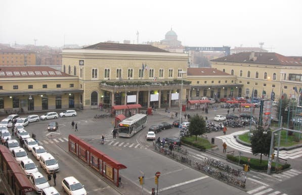 Estación de Bolonia Central