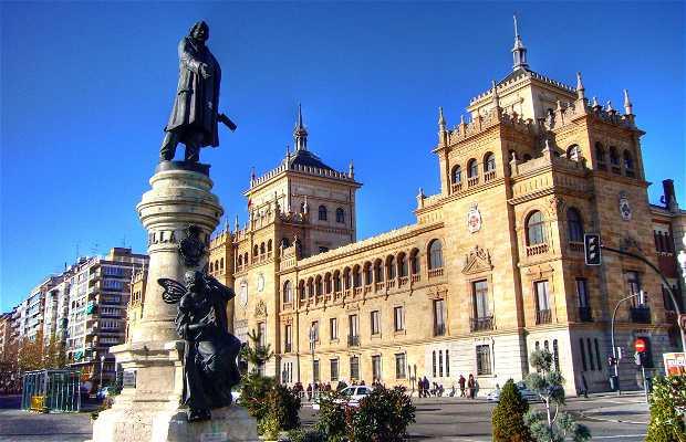 José Zorrilla Statue