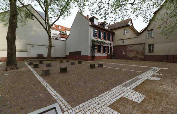 Plaza de la sinagoga antigua