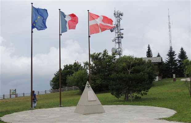 Homenaje caídos en Le Revard