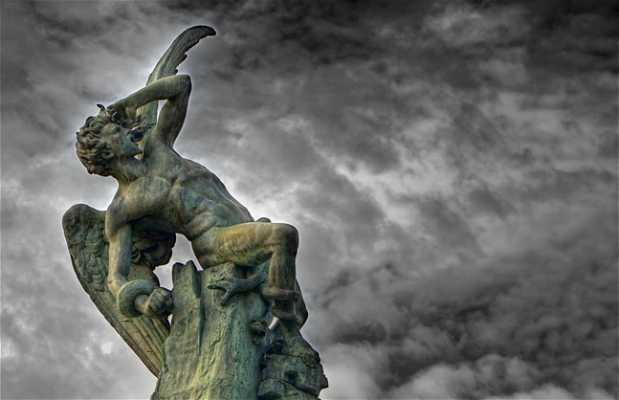 La statua di Lucifero