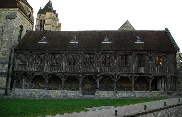 Library of the Cabildo