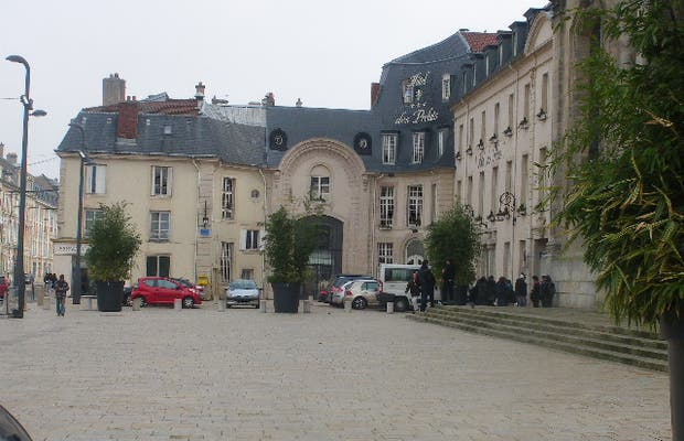 Place Monseigneur Ruch