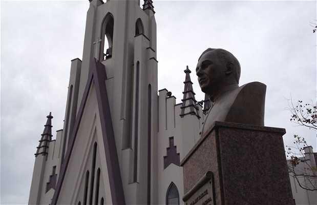 Monumento ao Pa. Rui Lorenzi