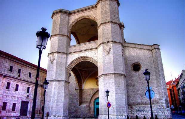 Iglesia del Monasterio de San Benito el Real