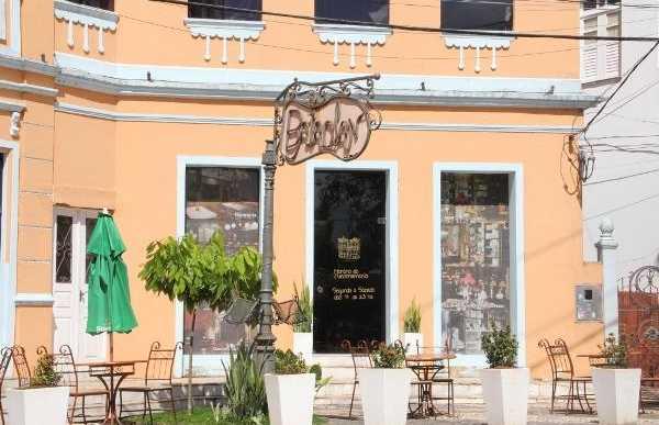 Bar Bataclan