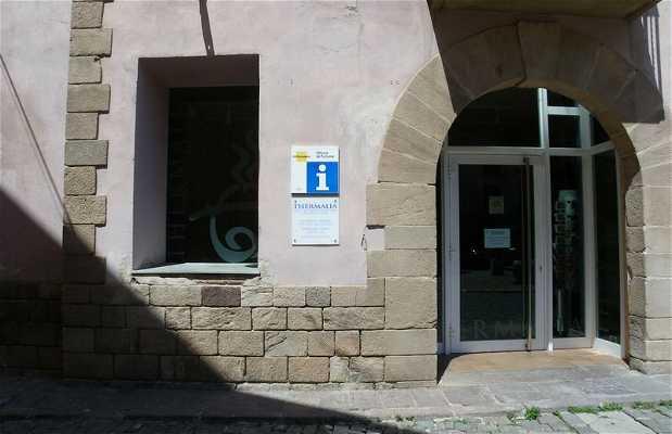 Oficina de turismo de caldes en caldes de montbui 1 for Oficina de turismo barcelona
