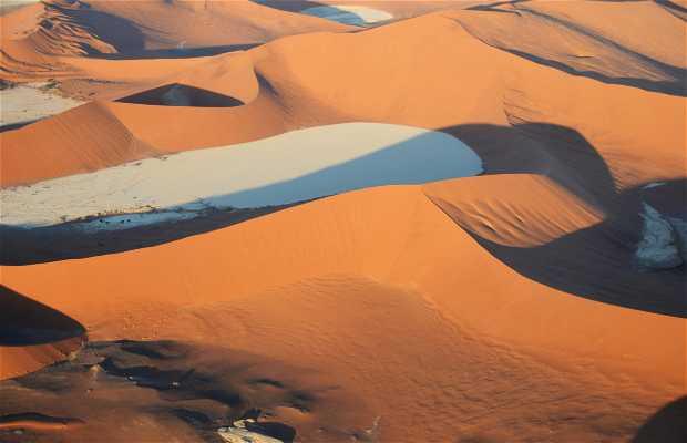 Vuelo en avioneta sobre el Namib