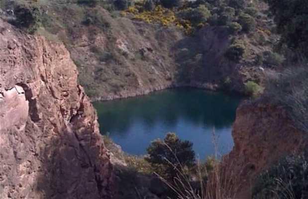 Golpejas Lake