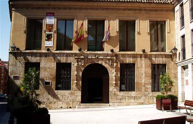 Museo Casa del Cordón