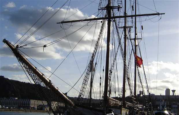Puerto de Cherburgo