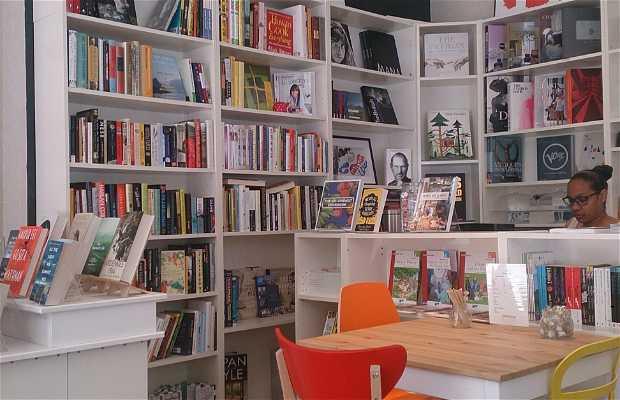 Snowflake Bookshop Café