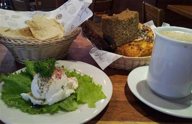 LA BUENA TIERRA Restaurant