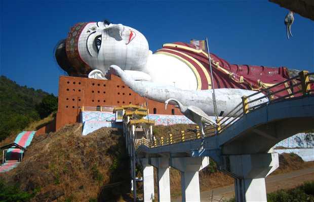 Win Sein Taw Ya Buda Reclinado