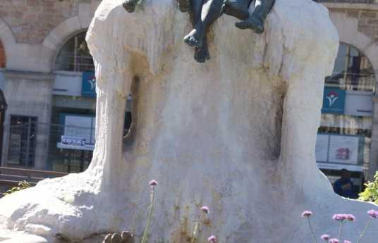 Fontaine aux grenouilles