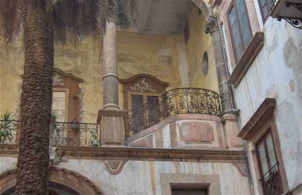 Cortile En Vittorio Emanuele