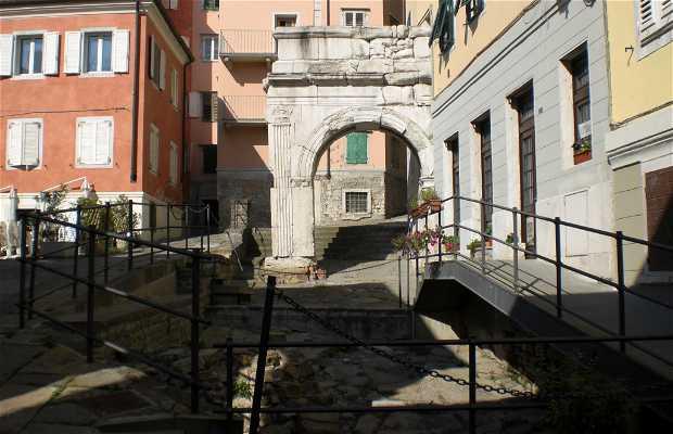Arch of Riccardo