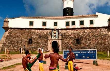 Capoeira no Farol da Barra