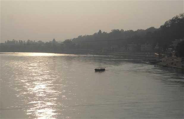 Barcos para cruzar el Ganges
