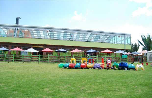 Parque de Diversiones y Restaurante El Sauce