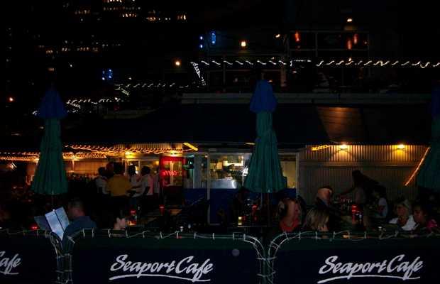 Seaport Café