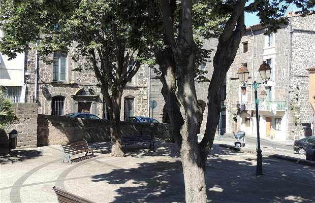Plaza Dr. Joseph Picheire