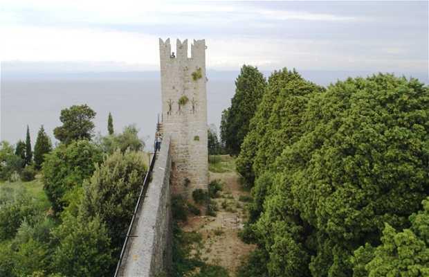 Muralla de Piran