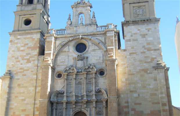 Iglesia de San Juan y San Pedro de Renueva