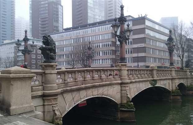 Regentessebrug - Puente de los Leones