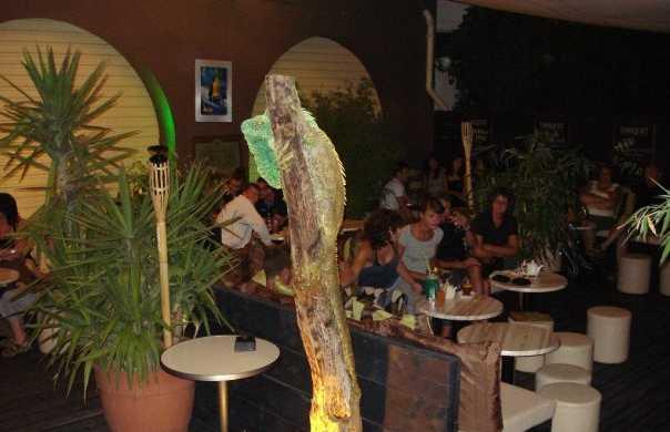 Wantilan Café