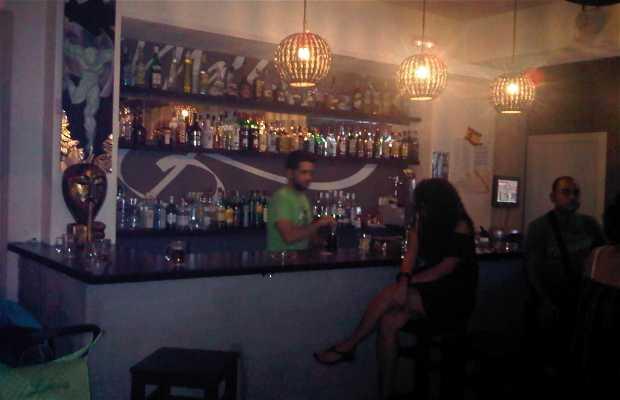 Bar Maldiva - Cerrado