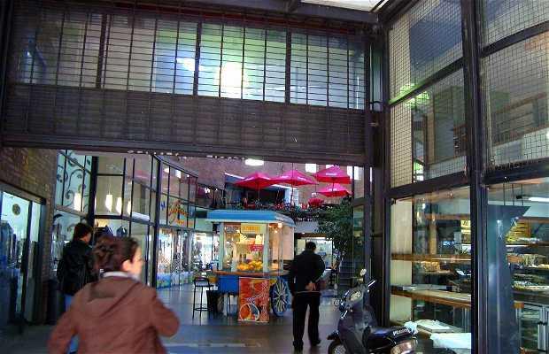 Corner Mall