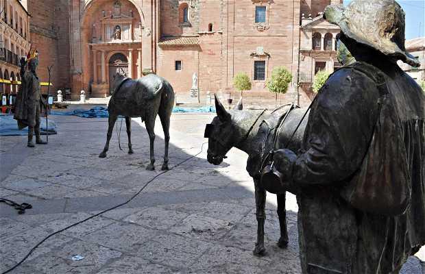 Escultura de Quijote y Sancho.