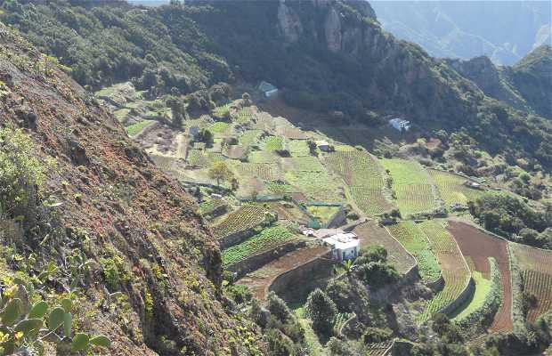 Roque de Anambro - La Ensillada