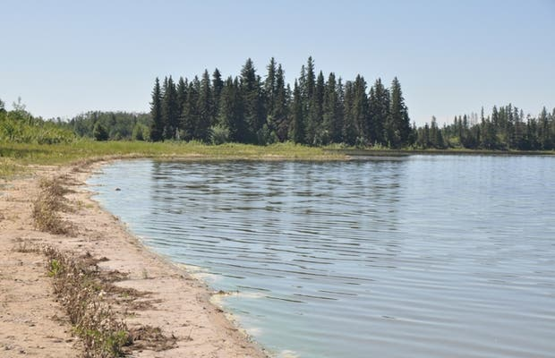 Lago Astotin