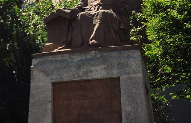 Monumento a Francisco de Sales