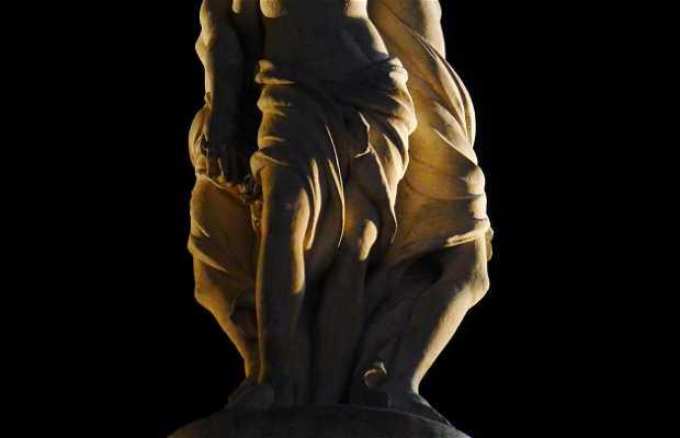 Statue of Trois Graces