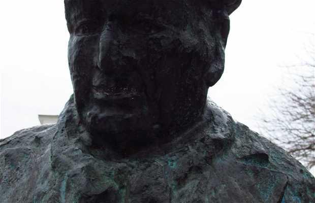 Estátua de Pablo Neruda