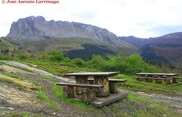 Public picnic area in the open air URIGOITI