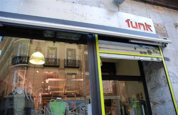 Outlet Skunk Funk