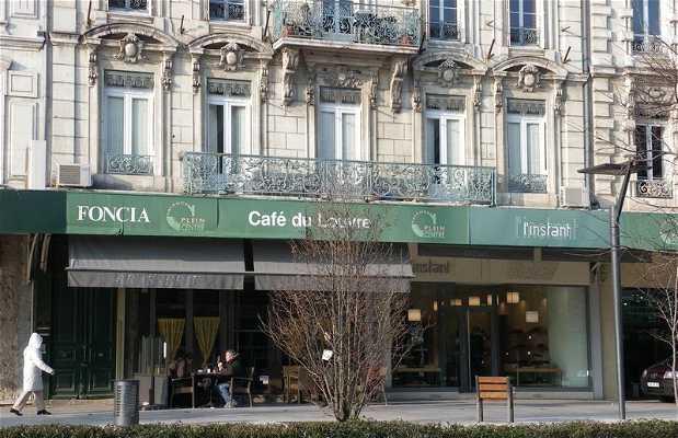 Café du Louvre