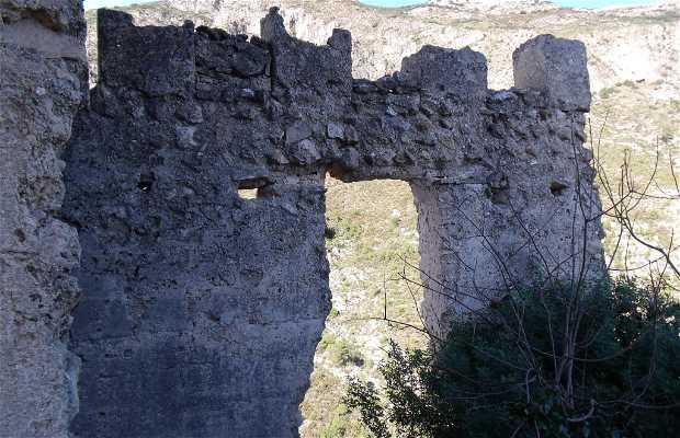 Interiores castillo de Orcha