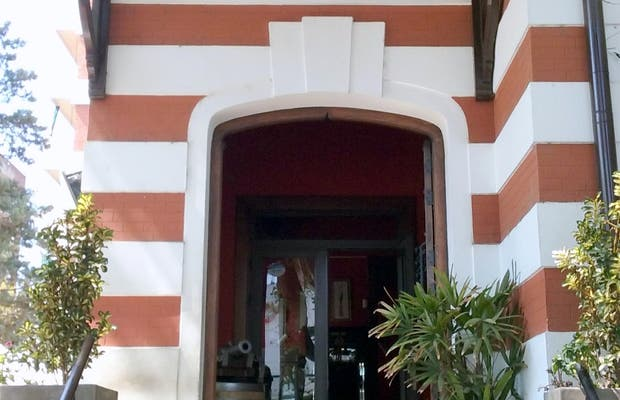 Valdovina Resto Bar