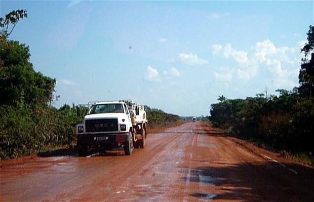 Carretera Porto Velho - Nova Mamoré