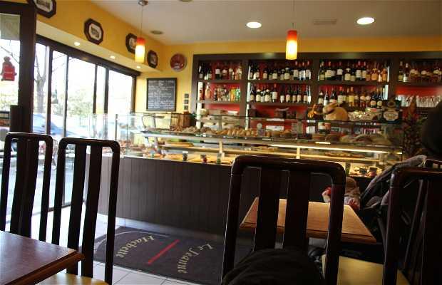 Café le Jeanne Hachette