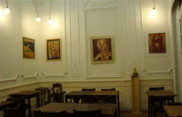 Ross Bistró y Galería de Arte