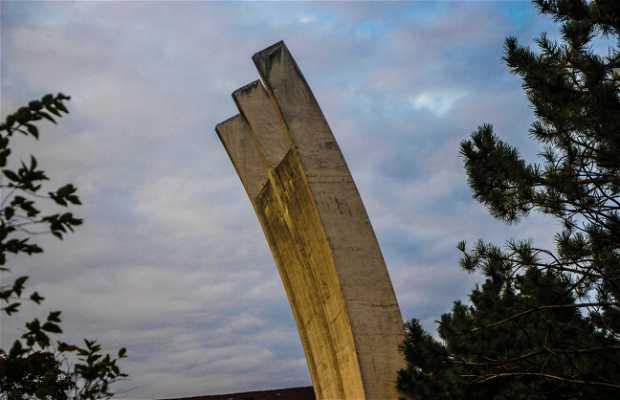 Monumento al Puente Aéreo