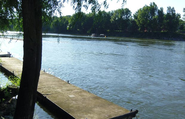 Walk along the Loire River