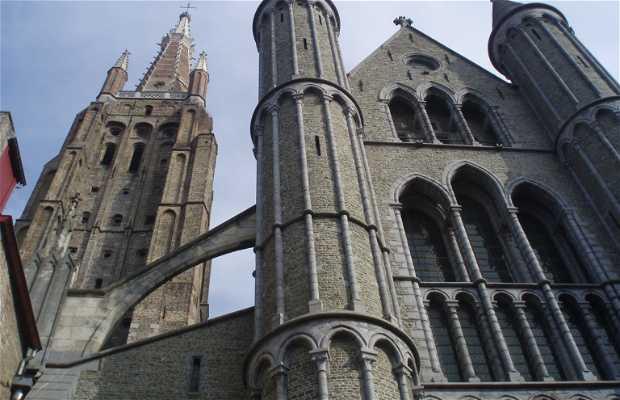 Chiesa della Nostra Signora a Bruges in Belgio