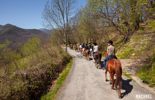 Ruta a caballo en Cuadra Sobia